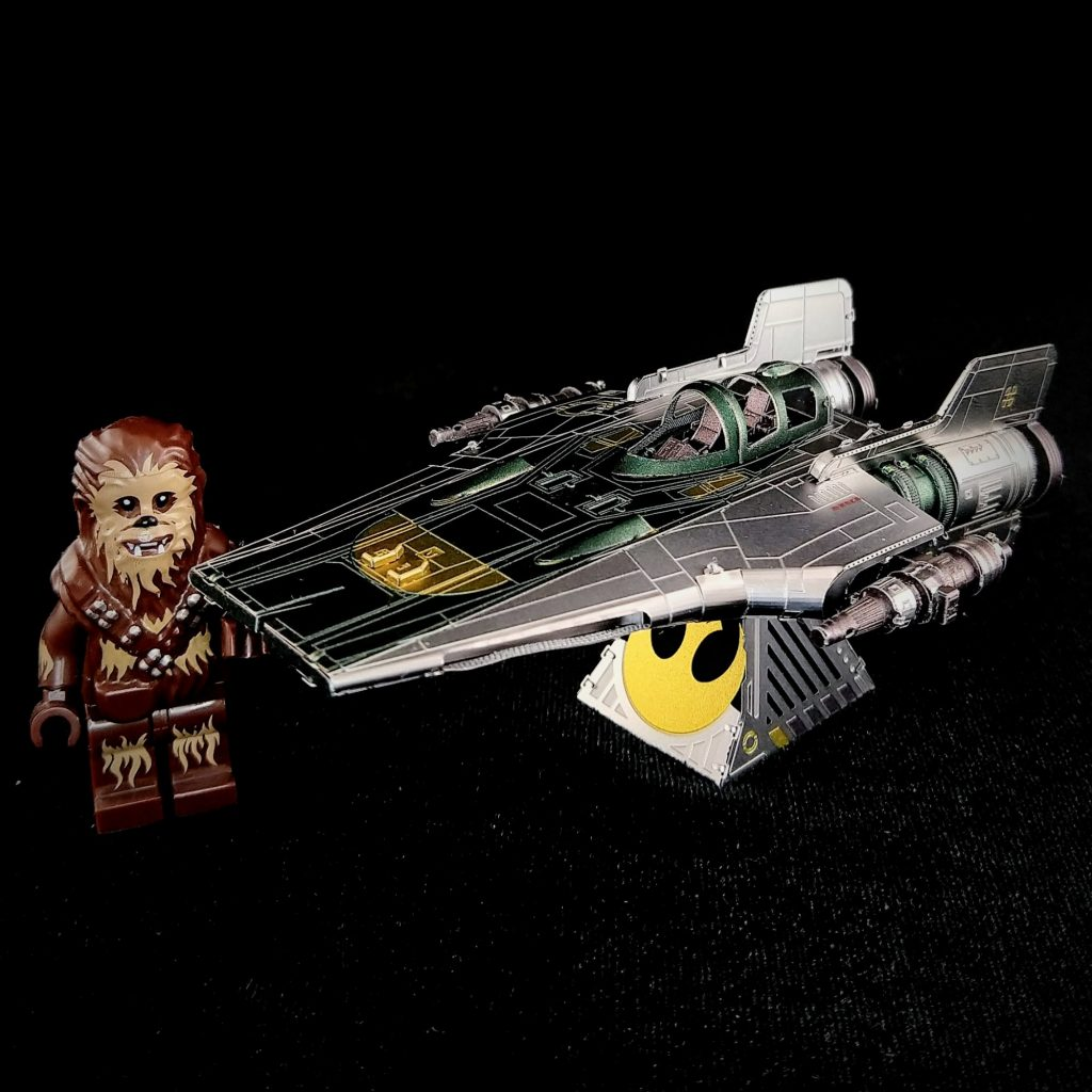 Review Build: Resistance A-Wing Fighter