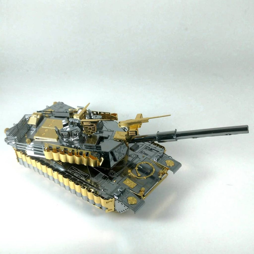 #TT: Piececool Tank (M1-A2 Sep Tusk II)
